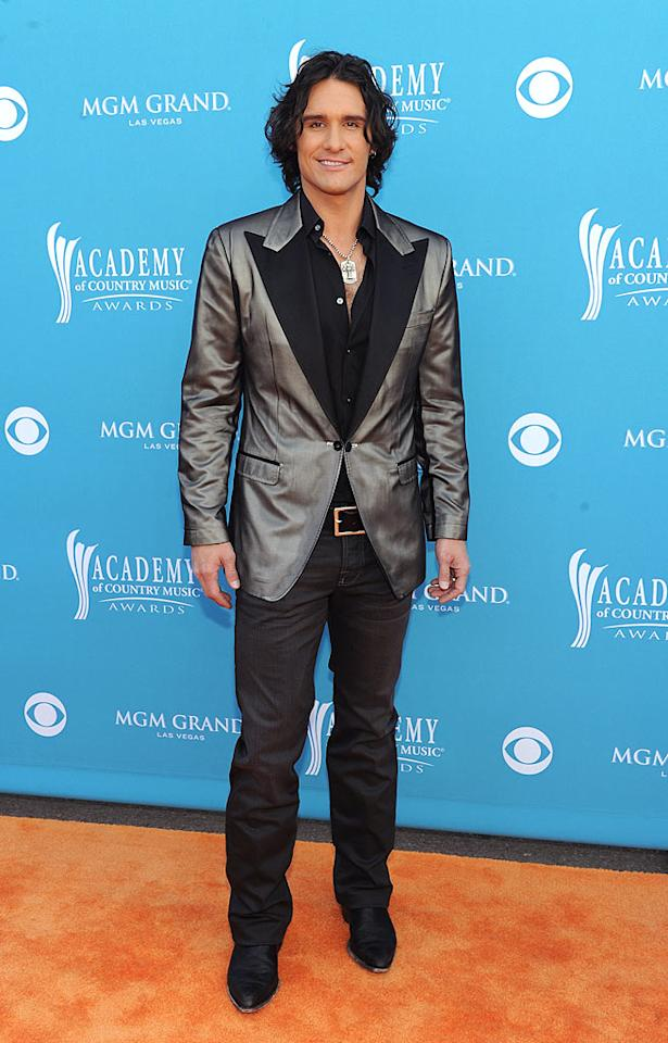 "Joe Nichols  Grade: C   The Academy of Country Music's 2002 Top New Male Vocalist failed to win any accolades in 2010 thanks to his chintzy silver jacket and grimy tresses. Denise Truscello/<a href=""http://www.wireimage.com"" target=""new"">WireImage.com</a> - April 18, 2010"