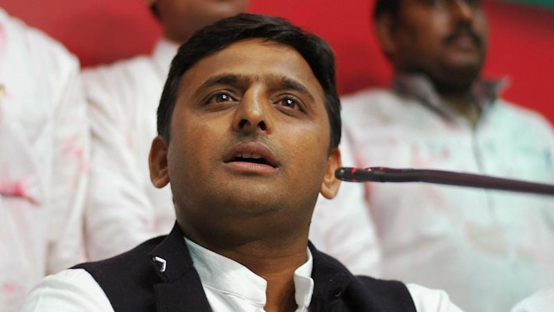 EC Serves Akhilesh Show Cause Notice For 'Bribery' Remark