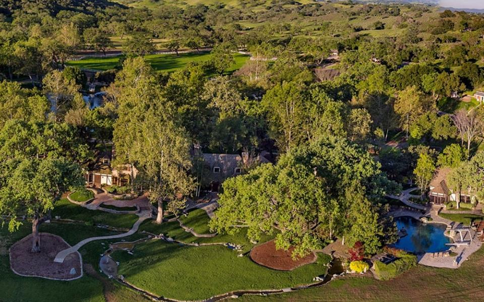 The Neverland Ranch today - suzanneperkins.com