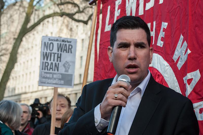 Richard Burgon MP addresses the protest on January 4, 2020 (Photo: Guy Smallman via Getty Images)