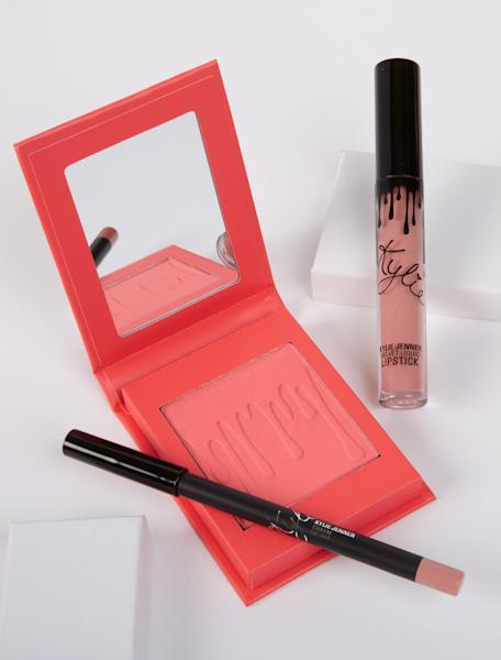 The Kylie Cosmetics Pink Bundles comes with pink blushes, liquid lipsticks, highlighter, and eye shadow — all in one place.