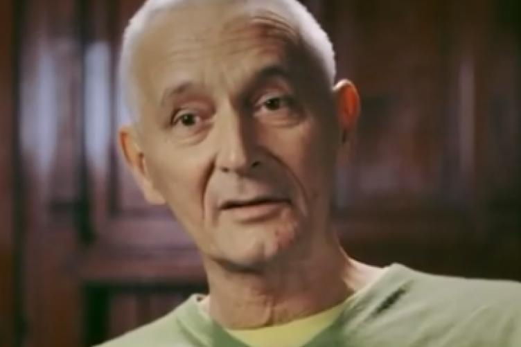 Gerry Collins, who appeared in hard-hitting anti-smoking ads, has died