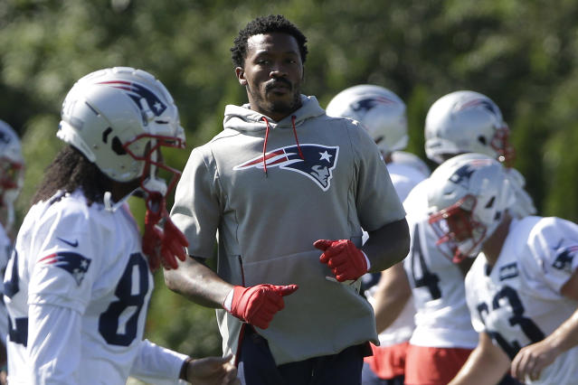 Demaryius Thomas, center, is coming off his second Achilles injury this fall, but is more than ready to bounce back with the Patriots. (AP/Steven Senne)