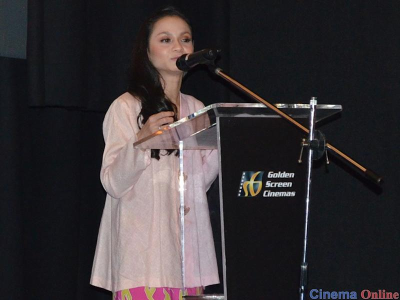 Sharifah Amani speaking at the LFF 2019 press conference.