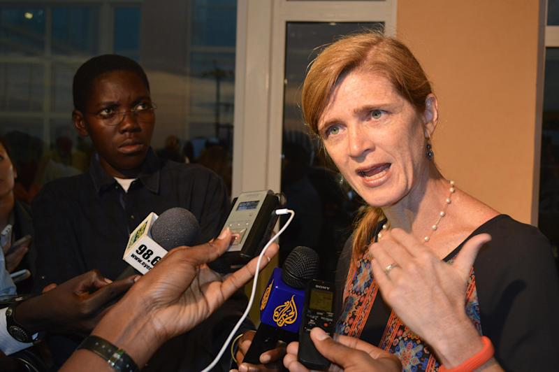 US Ambassador to the UN Samantha Power (R) speaks to journalists at the end of a two-day visit to South Sudan, on August 13, 2014 at Juba international airport (AFP Photo/Samir Bol)