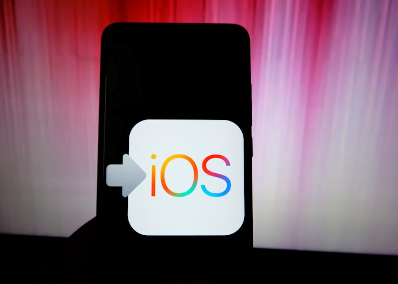 INDIA - 2019/09/25: In this photo illustration a popular location operating system of Apple Phone IOS logo seen displayed on a smartphone. (Photo Illustration by Avishek Das/SOPA Images/LightRocket via Getty Images)