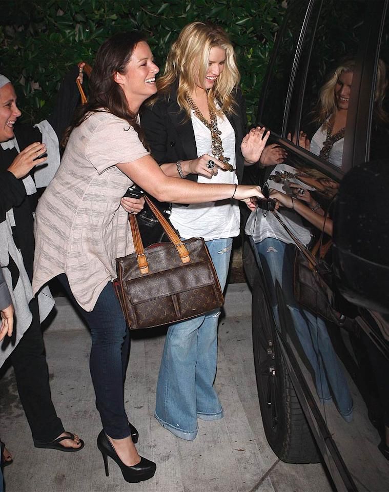 "Singer-turned-designer Jessica Simpson and her beau Eric Johnson managed to avoid her ex-husband Nick Lachey and girlfriend Vanessa Minnillo <a href=""http://omg.yahoo.com/news/jessica-simpson-nick-lachey-show-up-at-the-same-restaurant/49383"" target=""new"">this time</a>, as they took in the tastes of Malibu's Nobu. Maciel/<a href=""http://www.x17online.com"" target=""new"">X17 Online</a> - November 2, 2010"