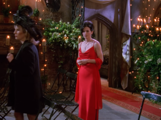 Monica's festive outfit she wore to Ross's wedding in London. (Friends/Warner Bros Television)
