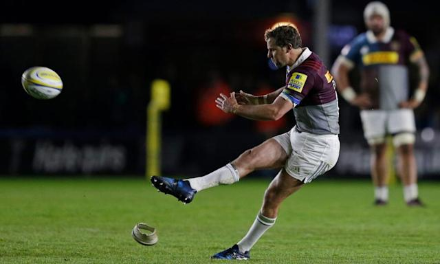 "<span class=""element-image__caption"">Nick Evans kicks another penalty during a fine final league appearance for Harlequins at The Stoop.</span> <span class=""element-image__credit"">Photograph: Henry Browne/Reuters</span>"