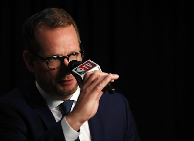 """<p>Nick Nurse: """"Like this?""""<br>Cameraman: """"No, Nick, you talk through your mouth. Put the mic in front of your mouth.""""<br>(Getty Images) </p>"""
