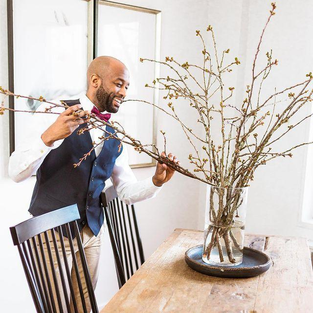 "<p>Mikel Welch is an interior designer, lifestyle expert, and the host of <em>Murder House Flip</em> on Quibi.</p><p><a href=""https://www.instagram.com/p/CAvLSFMp8aj/"" rel=""nofollow noopener"" target=""_blank"" data-ylk=""slk:See the original post on Instagram"" class=""link rapid-noclick-resp"">See the original post on Instagram</a></p>"