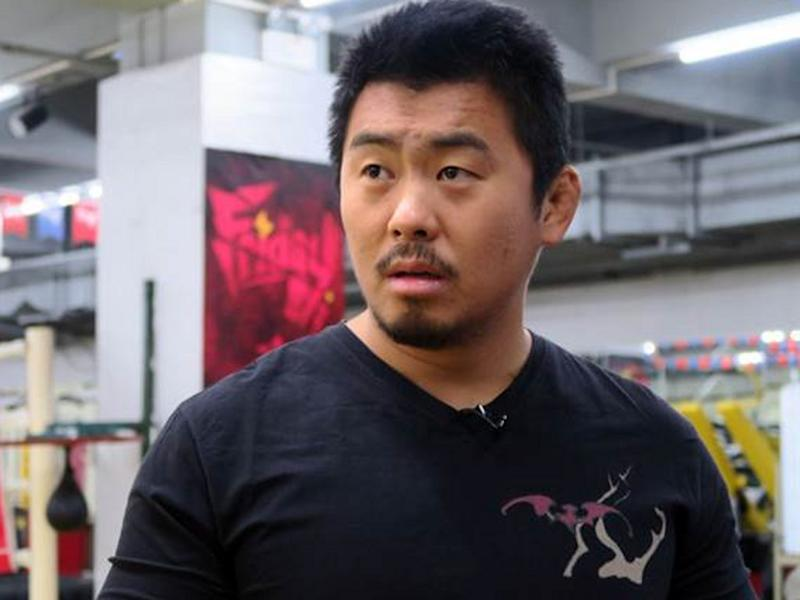 Chinese millionaire offers millions to defeat Xu Xiaodong