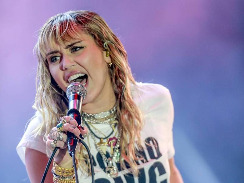 Miley Cyrus' mom calls singer the 'cleanest person I know'
