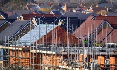 Housebuilder Crest Nicholson issues profit warning amid Brexit uncertainty