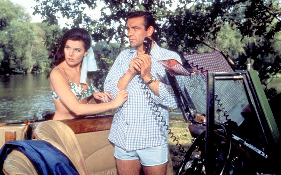 Eunice Gayson and Sean Connery in You Only Live Twice - Rex