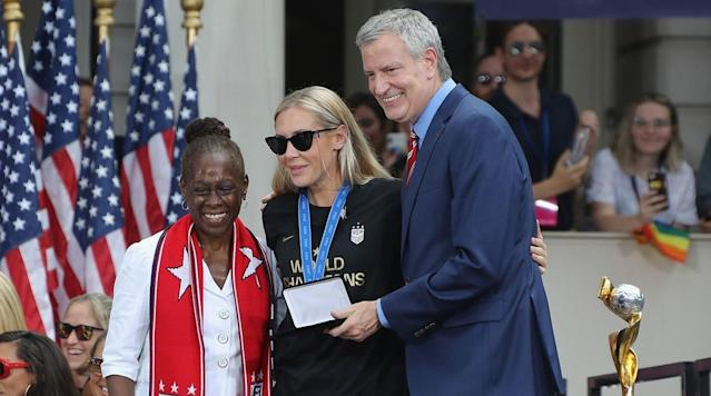USWNT's Allie Long Has Wedding Ring, Key To City Stolen Fom L.A. Hotel Room
