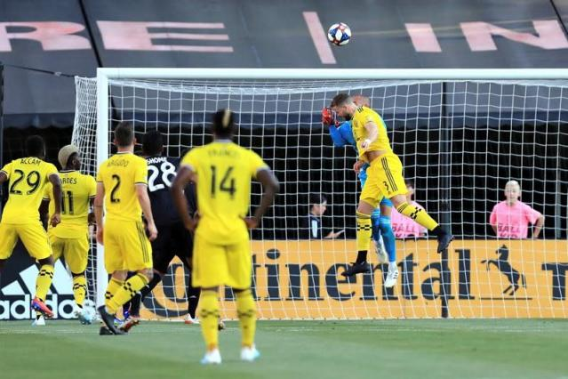 COLUMBUS, Ohio — David Accam broke a tie in the 46th minute and the Columbus Crew beat the 10-man Montreal Impact 2-1 on Saturday night to snap a 10-game winless streak.Accam curled it past goalkeeper Evan Bush to give the Crew (6-14-3) the lead. The goal was initially disallowed after Accam was called offside on Pedro Santos' pass, but referee Robert Sibiga quickly overturned it, giving the Crew the goal after video review.The Impact (9-11-3) went down a man in the 55th minute when Bacary Sagna fouled Accam from behind.Columbus opened the scoring in the sixth minute. Josh Williams beat the goalkeeper to Wil Trapp's free kick and looped in a header from the top of the 6-yard box. Zakaria Diallo tied it at with a header in the second minute of first-half stoppage time.It was the Crew's first victory since May 8.The Associated Press