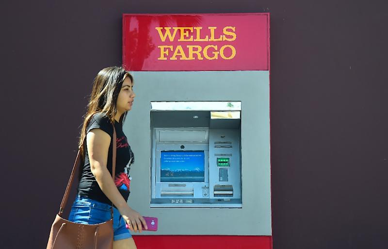 US Fines Wells Fargo $1 Bn For Mortgage, Auto Loan Violations