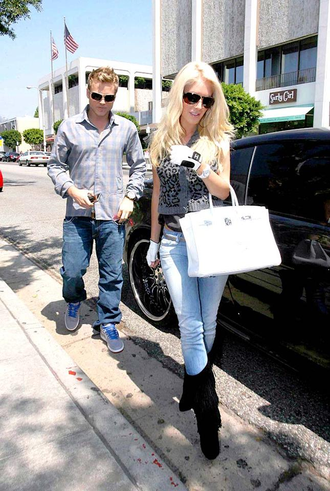 """Spencer Pratt and his lady love Heidi Montag head to the Ivy for a quick lunch. The Robertson Boulevard-based hot spot is known for its overpriced salads and celeb clientele. <a href=""""http://www.infdaily.com"""" target=""""new"""">INFDaily.com</a> - September 7, 2008"""