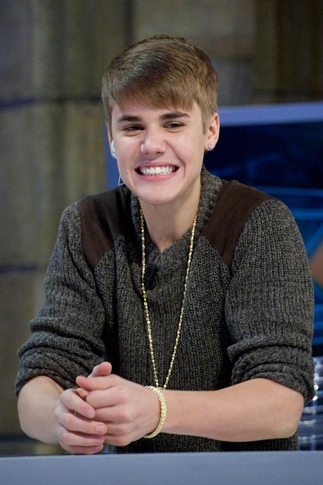 """After a recent awards show, Justin Bieber hit """"Europe's hottest gay"""" club, reports <em>The Sun.</em> The paper says The Biebs first went with Selena Gomez to the MTV EMAs' after-party before sneaking off alone to the gay club. For why he ditched Gomez, and what he privately did at the club, see what a Bieber pal shockingly reveals to <a target=""""_blank"""" href=""""http://www.gossipcop.com/justin-bieber-gay-club-belfast-kremlin-mtv-emas-europe-music-awards-november-2011/"""">Gossip Cop.</a>"""