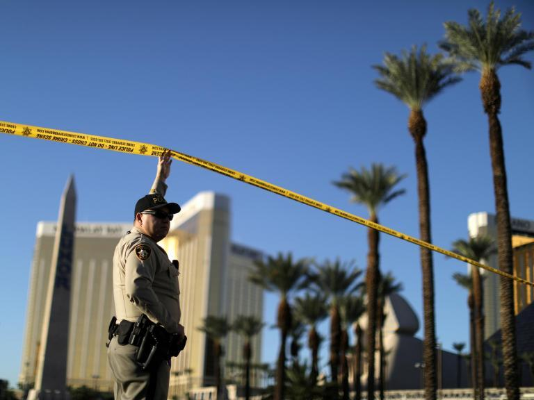 Las Vegas shooting: Conspiracy theorists spread rumours about gunman Stephen Paddock amid pictures and rumoured note