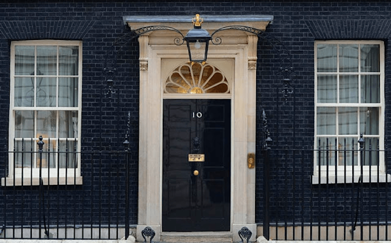 Google Arts and Culture's VR tour takes you inside British prime minister's home