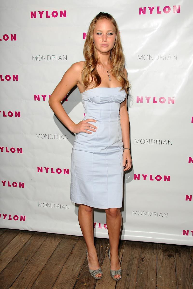 Wearing her hair in loose waves, the actress looked youthful and flirty as she showed off her killer shape in a fitted strapless midi dress while attending Nylon Magazine's TV issue launch party in West Hollywood.