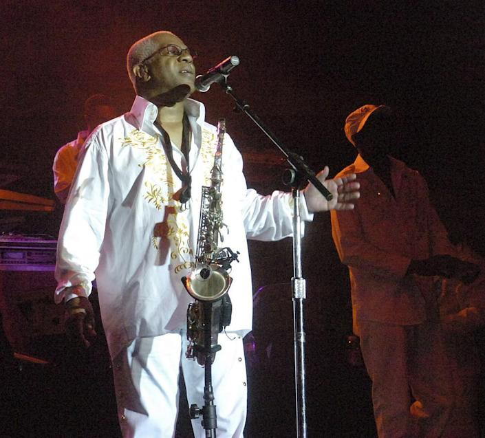 """In this Aug. 3, 2008 file photo, Dennis Thomas performs with the band """"Kool & the Gang"""" in concert in Bethlehem, Pa. (Joe Gill/The Express-Times via AP)"""
