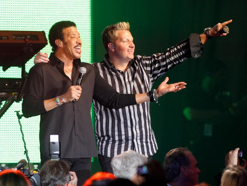 Lionel Richie and Gary LeVox, Muhammad Ali's Celebrity Fight Night XVII, Phoenix, AZ