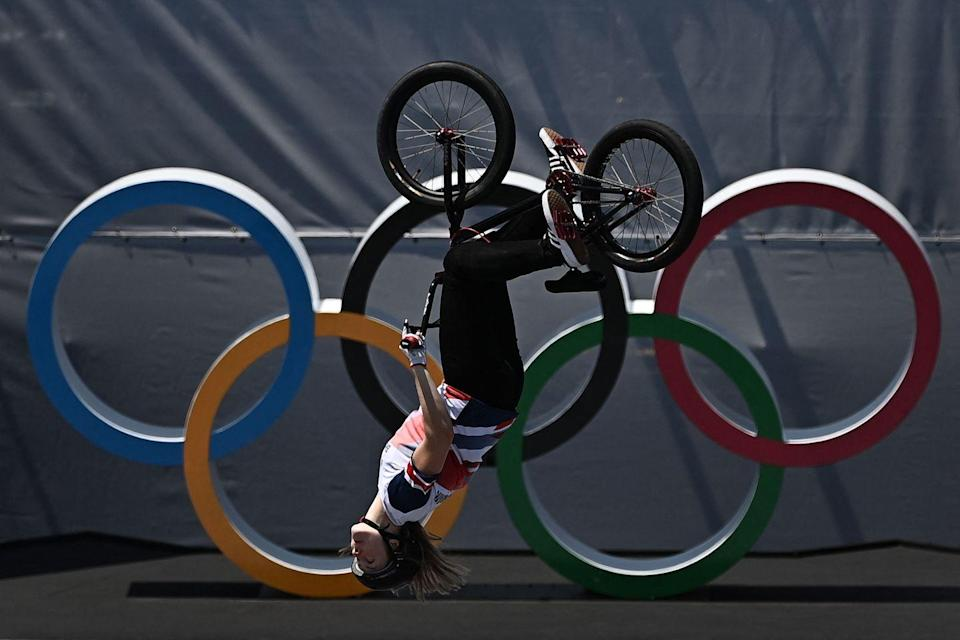 <p>Former chef Charlotte Worthington made history when she became the first to successfully land a 360 BMX backflip in the Olympics. It secured her a gold medal, and the highest score across both the men's and women's events. </p>