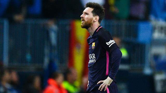 Lionel Messi is wise to walk during matches, according to his ex-Barcelona team-mate Gianluca Zambrotta.