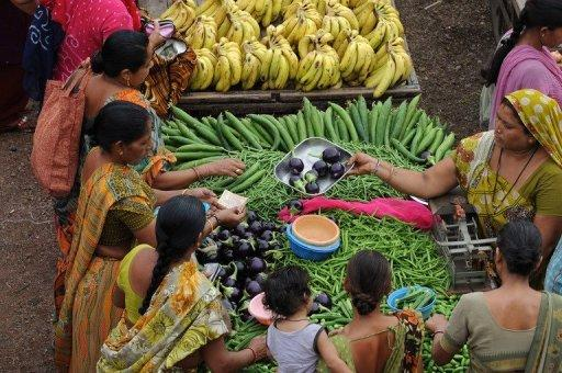 Indian inflation dips, raises hope for rate cut