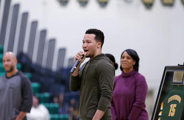Mavericks guard Jalen Brunson tries to give back with camp at Stevenson: 'The school means a lot to me'
