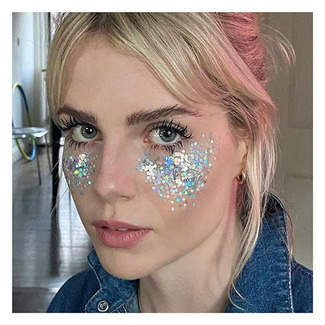 "<p>Is it truly a holiday season without some sparkle? (The only answer is no). Go all out and sprinkle some glitter all over your cheeks for a super fun look that's Zoom holiday party-approved. For a more wearable application, keep the glitter to just your lids or the inner corner of your eyes.</p><p><strong>MAC Cosmetics</strong> MAC Glitter, $23, <a href=""https://www.nordstrom.com/s/mac-glitter/4936528"" rel=""nofollow noopener"" target=""_blank"" data-ylk=""slk:nordstrom.com"" class=""link rapid-noclick-resp"">nordstrom.com</a></p><p><a class=""link rapid-noclick-resp"" href=""https://go.redirectingat.com?id=74968X1596630&url=https%3A%2F%2Fwww.nordstrom.com%2Fs%2Fmac-glitter%2F4936528&sref=https%3A%2F%2Fwww.harpersbazaar.com%2Fbeauty%2Fmakeup%2Fg34304753%2Fwinter-makeup-trends-2020-2021%2F"" rel=""nofollow noopener"" target=""_blank"" data-ylk=""slk:SHOP"">SHOP</a></p><p><a href=""https://www.instagram.com/p/CFy4oLGppwm/"" rel=""nofollow noopener"" target=""_blank"" data-ylk=""slk:See the original post on Instagram"" class=""link rapid-noclick-resp"">See the original post on Instagram</a></p>"
