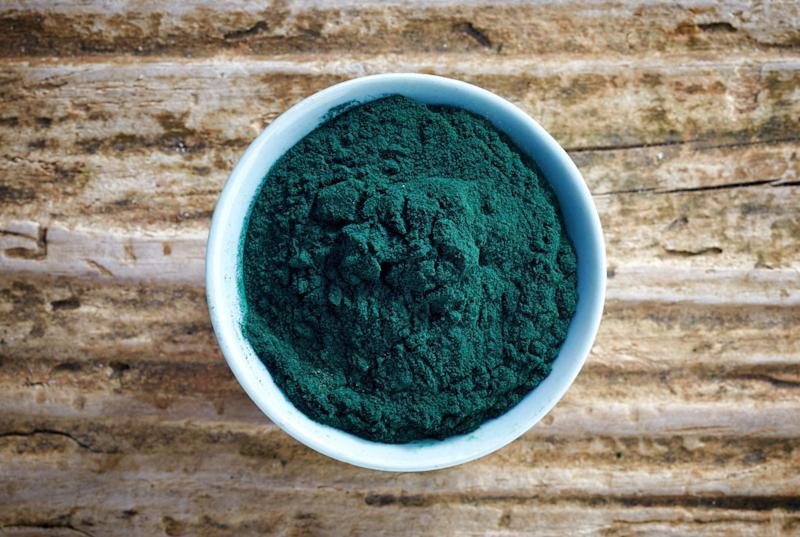 Should I Add Spirulina to My Smoothies?