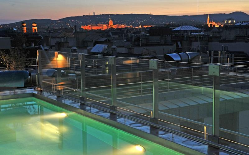 The Continental's highlight is a rooftop swimming pool complete with poolside sun loungers and splendid views to Buda Castle Palace and other city landmarks.