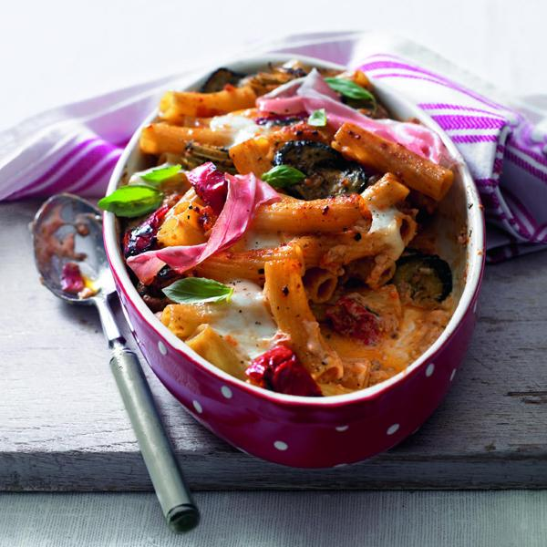 Baked rigatoni with chargrilled vegetables, mozzarella and Parma ham