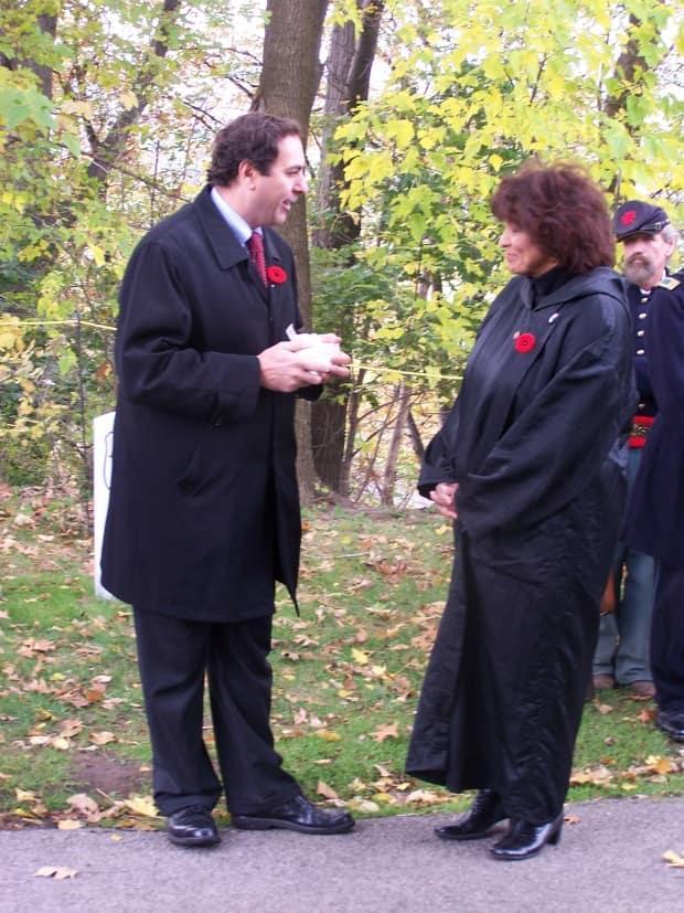 The U.S. consul general in Toronto, in 2006, presented the medal to Nerene Virgin.