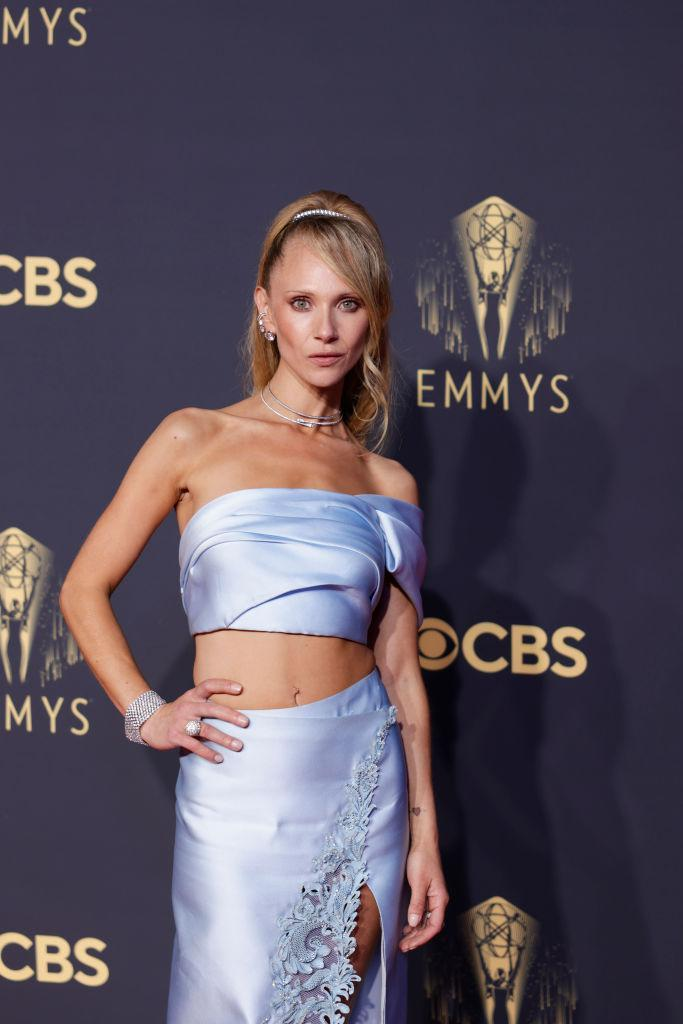 Juno Temple flashed her toned abs in an ice blue two-piece. (Getty Images)
