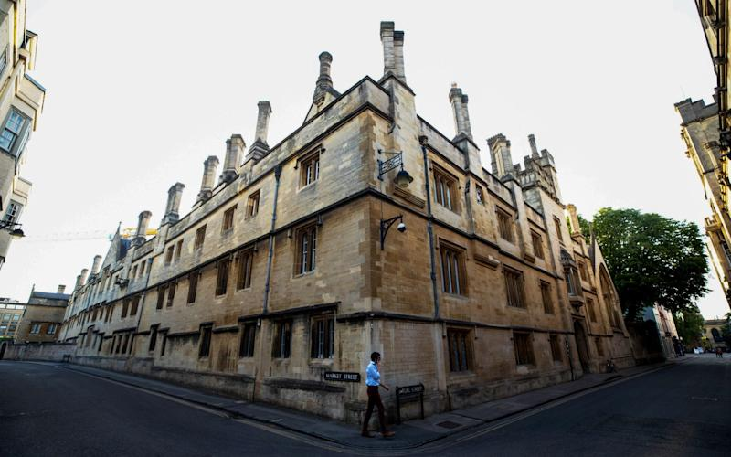 Jesus College, Oxford, where students will face the prospect of online lectures from the autumn - BLOOMBERG