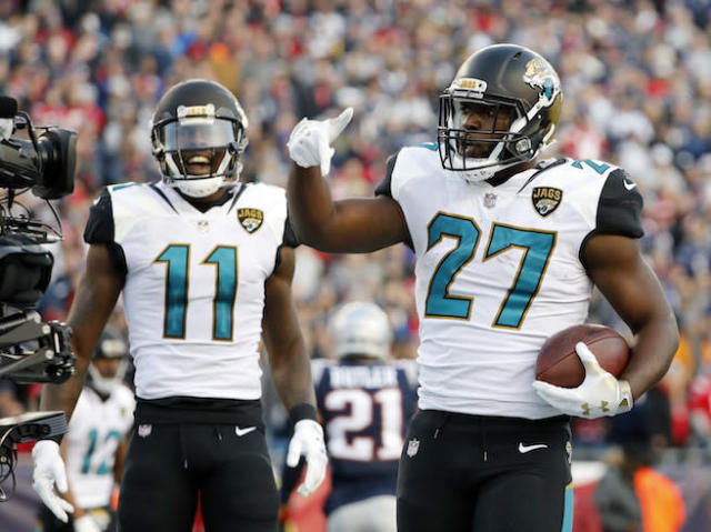 "<a class=""link rapid-noclick-resp"" href=""/nfl/players/30117/"" data-ylk=""slk:Leonard Fournette"">Leonard Fournette</a> and his fantasy investors had plenty to celebrate in 2017. (AP Photo/Winslow Townson)"