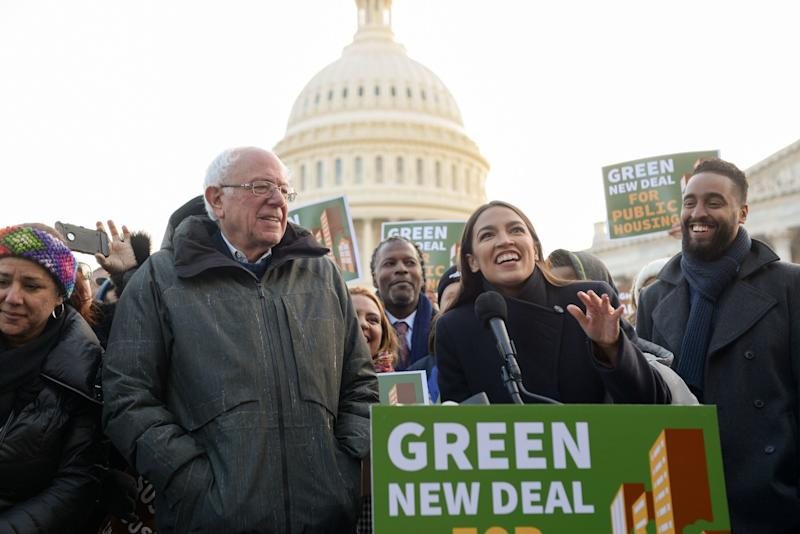 Sen. Bernie Sanders (I-Vt.) and Rep. Alexandria Ocasio-Cortez (D-N.Y.) announce the inclusion of public housing legislation in the Green New Deal in November. Ocasio-Cortez is now pushing a legislative amendment that could effectively stop the use and construction of oil and gas pipelines. (Photo: Erin Scott / Reuters)