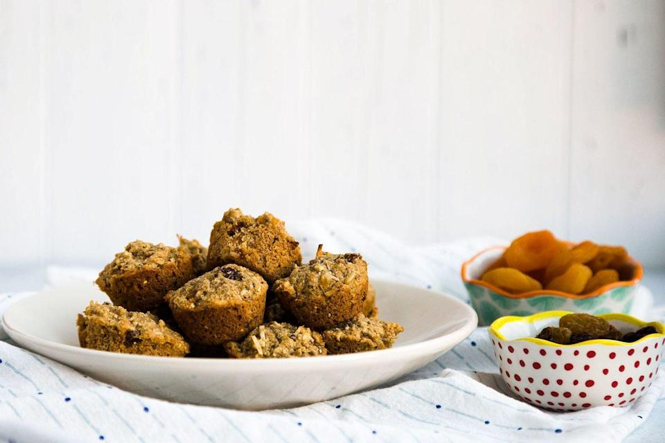 """<p>This bite-sized snack is a combination of an oatmeal cookie and a granola bar. It's packed with good-for-you ingredients like flaxseed, quinoa, sunflower seeds, and dried fruit. </p><p><a href=""""https://www.thepioneerwoman.com/food-cooking/recipes/a100188/homemade-aussie-bites/"""" rel=""""nofollow noopener"""" target=""""_blank"""" data-ylk=""""slk:Get the recipe."""" class=""""link rapid-noclick-resp""""><strong>Get the recipe. </strong></a></p><p><a class=""""link rapid-noclick-resp"""" href=""""https://go.redirectingat.com?id=74968X1596630&url=https%3A%2F%2Fwww.walmart.com%2Fsearch%2F%3Fquery%3Dmini%2Bmuffin%2Bpan&sref=https%3A%2F%2Fwww.thepioneerwoman.com%2Ffood-cooking%2Fmeals-menus%2Fg37115017%2Fhealthy-cookie-recipes%2F"""" rel=""""nofollow noopener"""" target=""""_blank"""" data-ylk=""""slk:SHOP MINI MUFFIN PANS"""">SHOP MINI MUFFIN PANS</a></p>"""