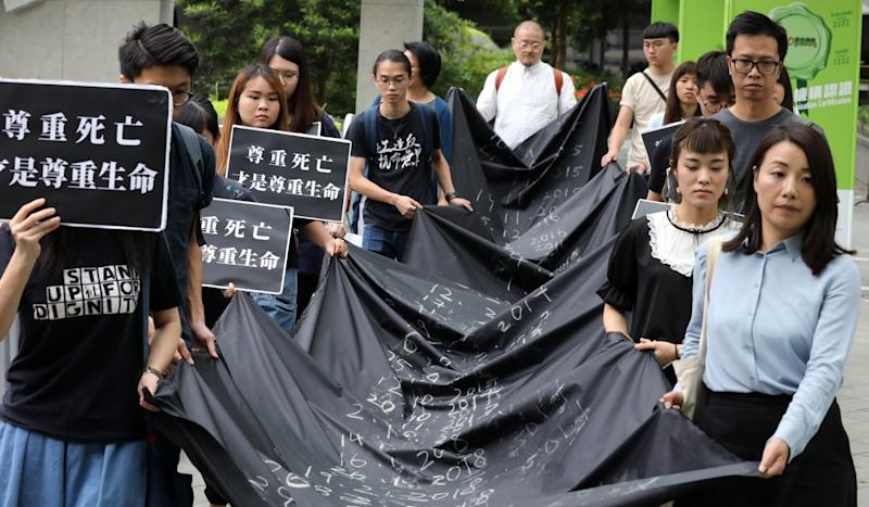 More Hong Kong students taking their own lives, study by Jockey Club suicide research centre finds