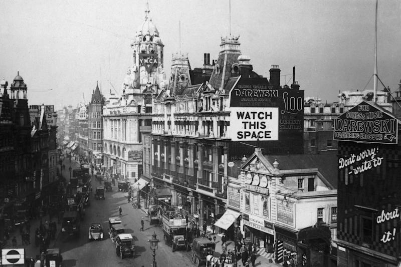 Tottenham Court Road at the junction with Oxford Street and Charing Cross Road in 1919 (Getty Images)