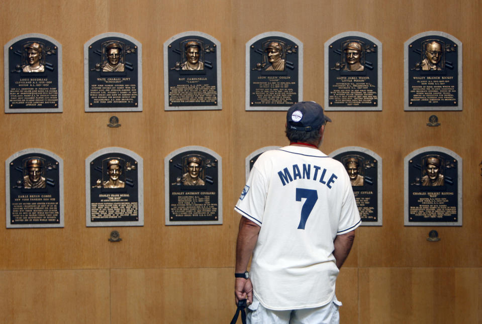 The Baseball Hall of Fame will not make ballots public. (AP Photo/Mike Groll)
