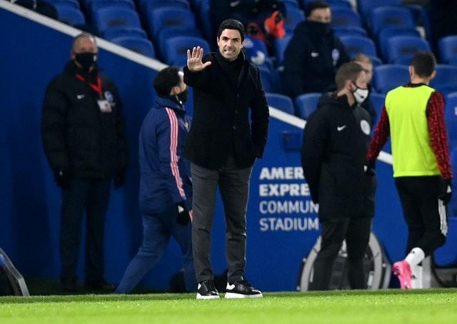 Arsenal manager Mikel Arteta gestures on the touchline at the Amex