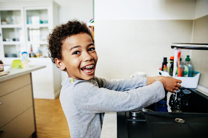 Getting your children excited about washing their hands is possible with just a few simple tips that make it a fun and consistent practice. (Photo: Getty Images)