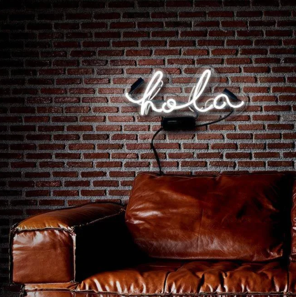 Oliver Gal 'Hola' Neon Sign (Photo via Overstock)
