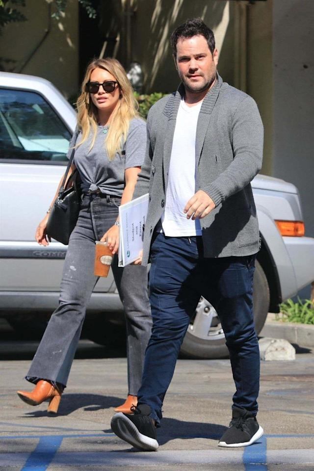 Hilary Duff and Mike Comrie had lunch together without their son on Aug. 30. (Photo: AKM-GSI)